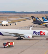 UPS, FedEx top OIA freight carriers